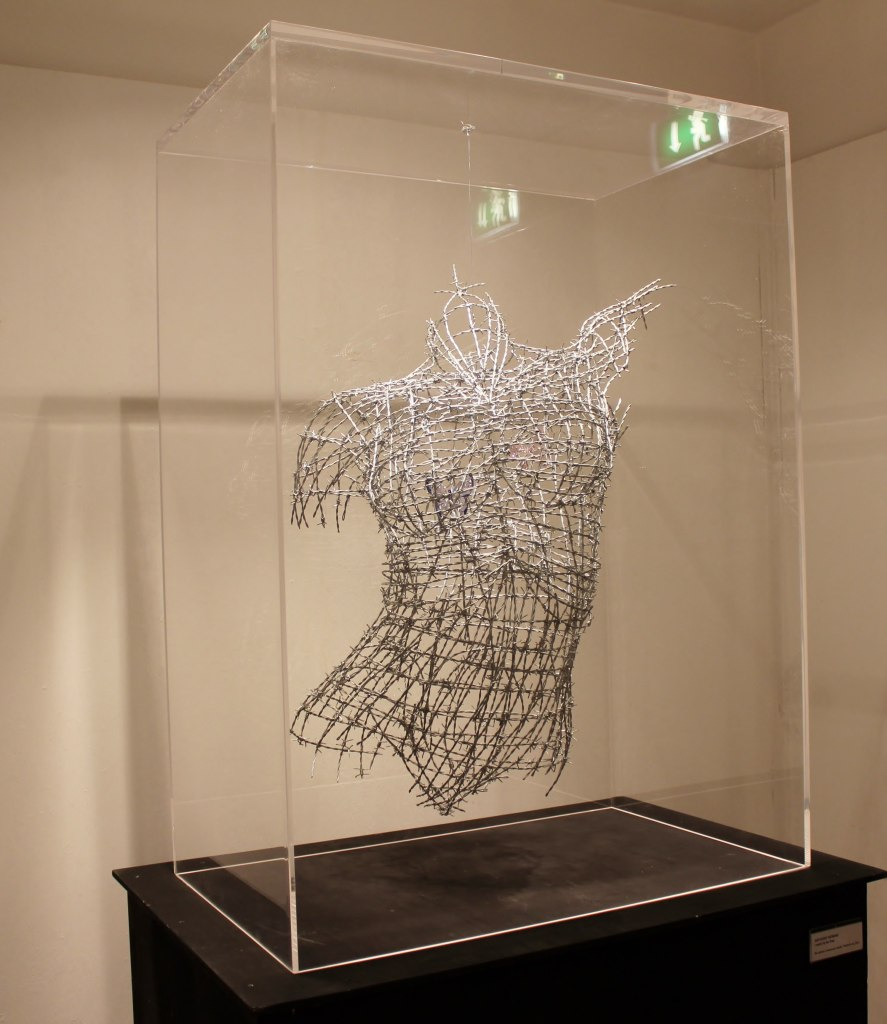 I-want-to-be-free-barbed-wire-torso-anthony-moman