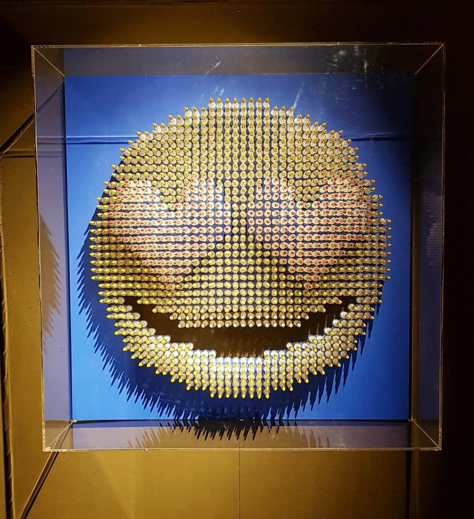 Love HeArt_emoji syringe sculpture_Anthony Moman